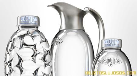 Agua mineral lujosa y cara SERYAB