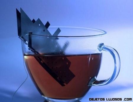 Bolsa de té como homenaje al Titanic