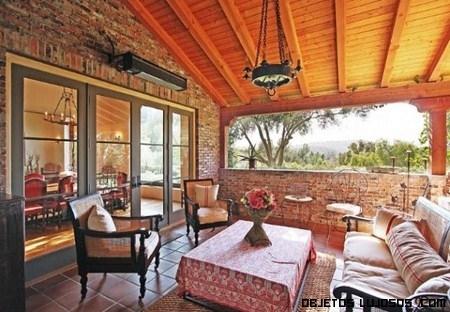 terrazas con muebles clásicos