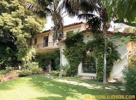Winona Ryder vende Casa de Lujo