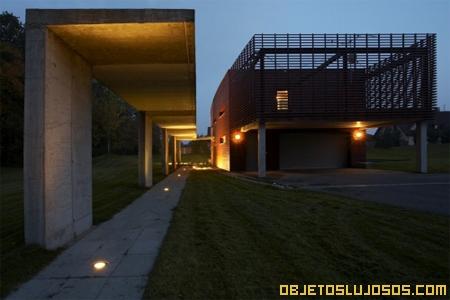 Casa-de-angular-de-concreto