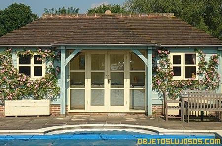 Casa-de-la-piscina-en-mansion