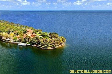 Casa de lujo en las Bahamas y Miami
