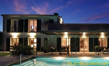 Villa en las montañas de España