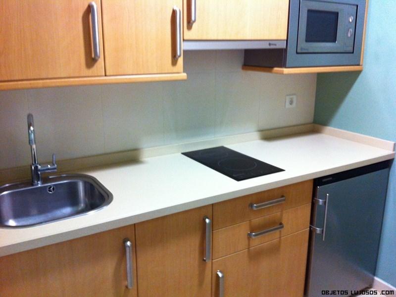 Apartamentos trisquel en sanxenxo for Cocina apartamento pequeno