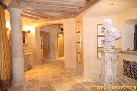 Casa de lujo en great falls - Columnas decoracion interiores ...