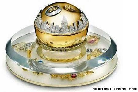 DKNY Golden Delicius