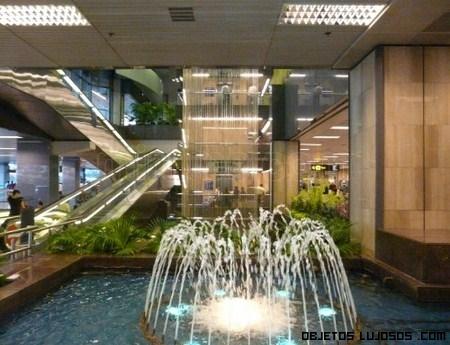 Aeropuerto de lujo en Singapur