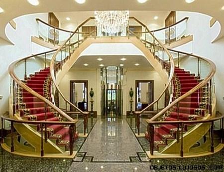 Mansi n toprak en londres for Escaleras de casas de lujo