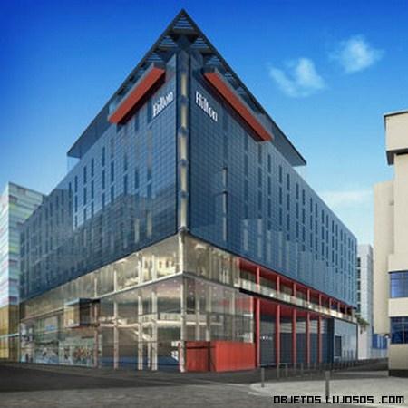 Hotel hilton london wembley for Fachadas de hoteles de lujo