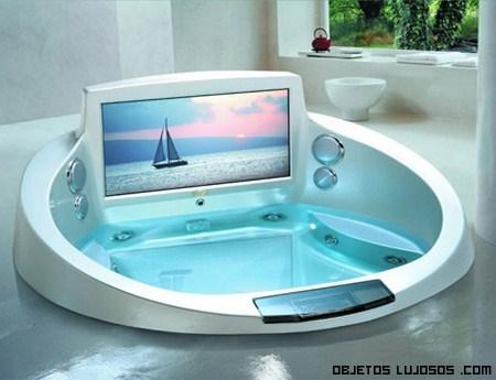 Jacuzzi de lujo en baños modernos