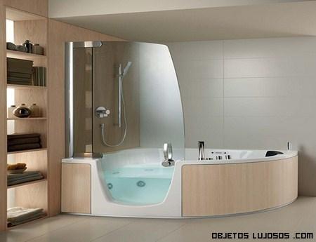 Jacuzzi de lujo en ba os modernos for Banos de casas de lujo