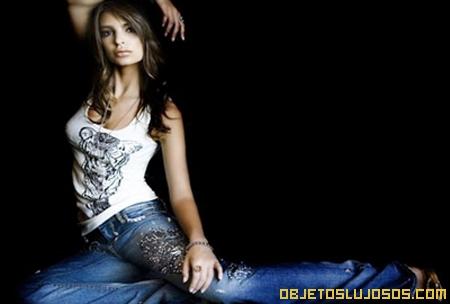 Jeans-Key-Closet