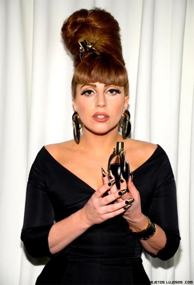 Lady Gaga en la presentación de su perfume
