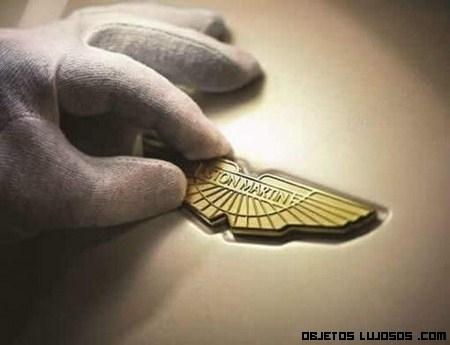 Aston Martin y su homenaje al Año del Dragón