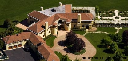 mansiones con casas de invitados