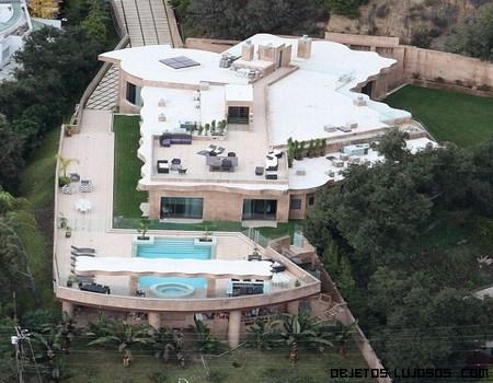 Nueva mansión de Rihanna