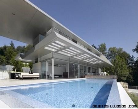 Casa moderna con p rgola for Villa moderne motel