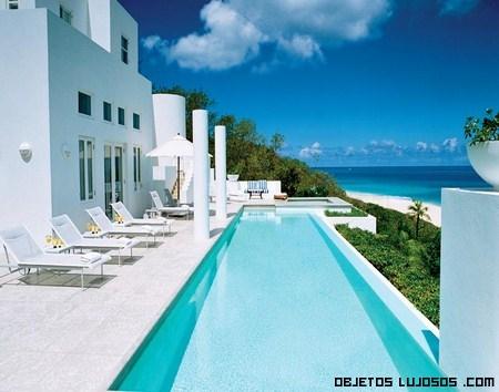 Villa long bay a pies del caribe - Piscinas de ensueno ...