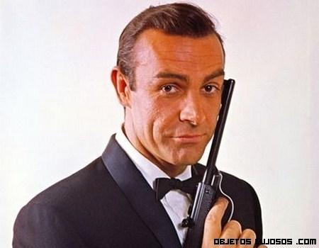 Subastada la pistola de James Bond