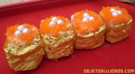 Sushi de oro con diamantes y perlas