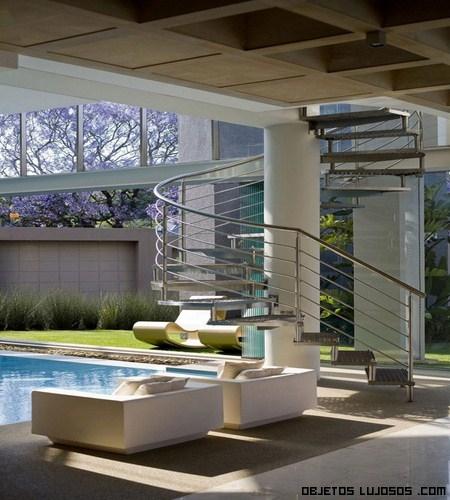 Casa de cristal lujosa