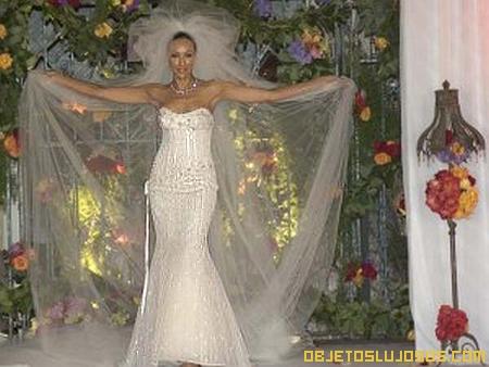 Vestido de novia con diamantes 1