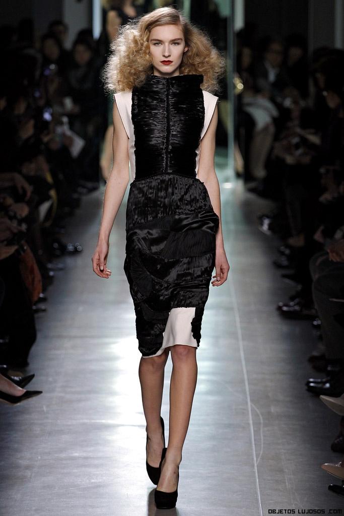 vestidos asimétricos de lujo