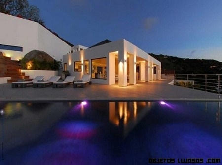 Villa Avenstar