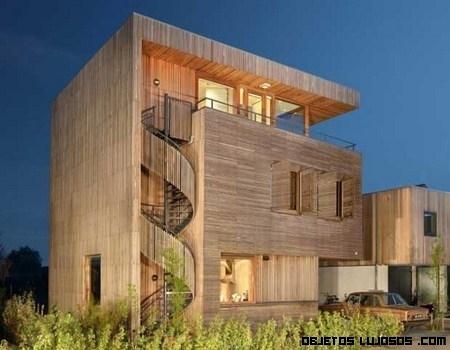 Villa Rieteiland-Oost recubierta de madera