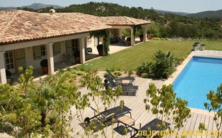 Villa-de-lujo-en-Francia-en-el-mar