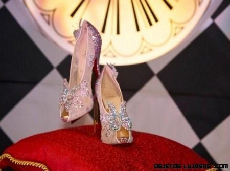 Los Zapatos de Cenicienta por Christian Louboutin
