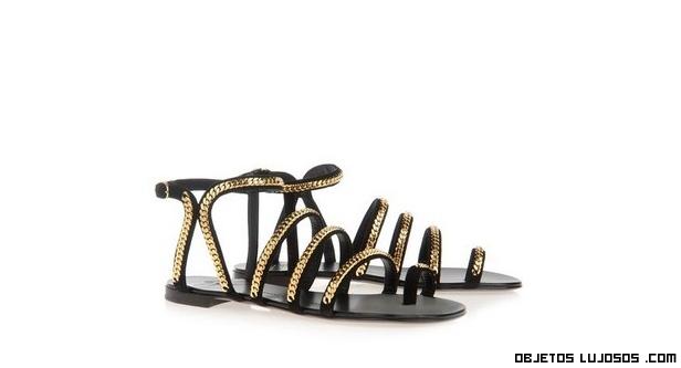 Sandalias sin tacón con oro