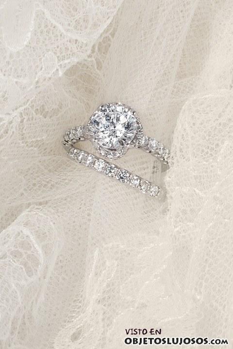 anillos de compromiso tradicionales