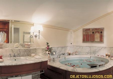 Hoteles de lujo caruso - Banos de hoteles ...