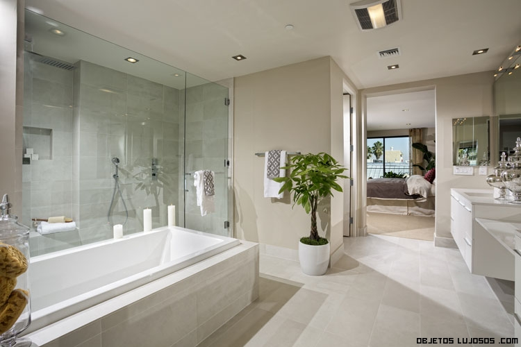 Baño General En Regadera:Etco Homes de lujo en Beverly Hills