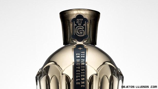 botellas doradas de lujo