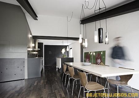 Casa de lujo con dise o moderno for Interiores de casas de lujo
