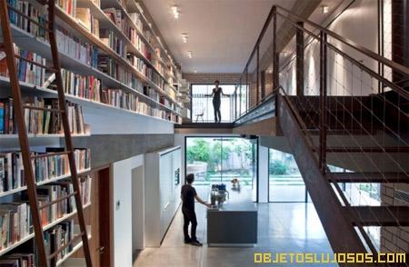 Masturbarse en la biblioteca