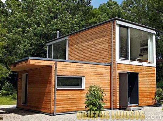 casa de madera prefabricada y sencilla
