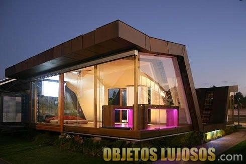 casa prefabricada con cristaleras