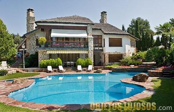 Casas lujosas im genes para no perder de vista for Fotos de piscinas campestres