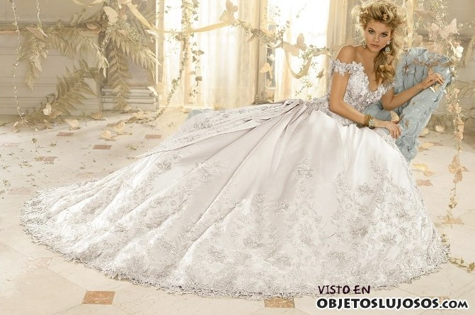 colección de novia Amalia Carrara