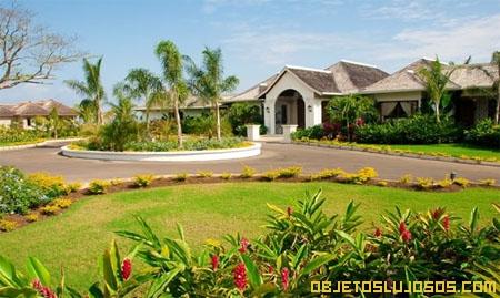 exteriores-de-una-villa-en-jamaica