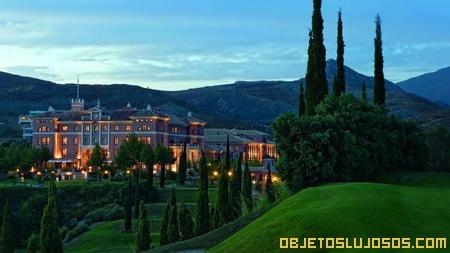 Hotel de lujo en Marbella VILLA PADIERNA