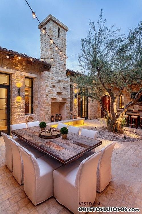 Patios muy elegantes en mansiones - Casas rusticas de lujo ...