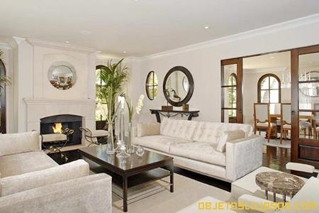 Casas de los famosos kim kardashian for Sala de estar de mansiones