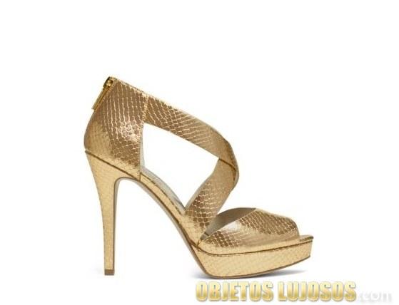 sandalias doradas de michael kors