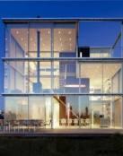 Casa de lujo hecha de cristal