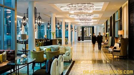 vestibulo-en-hotel-de-lujo